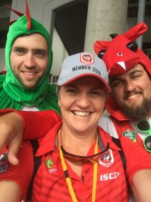 Some happy Dragon fans